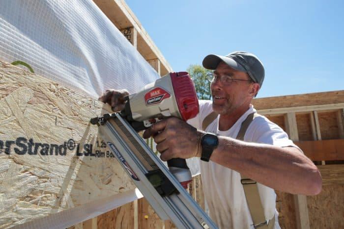 Max Nail Guns Prove Popular at the ProHOME Build 1